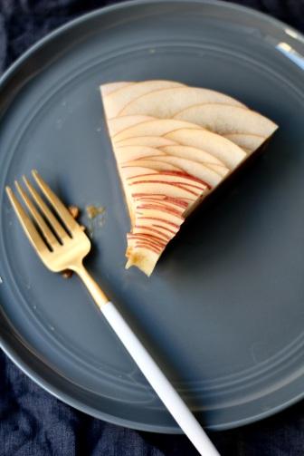 tart slice_blue linen